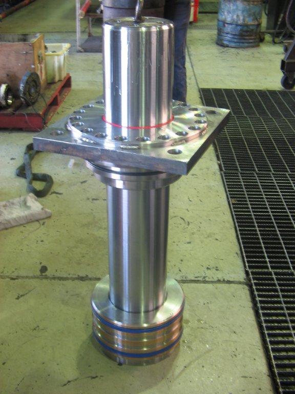 rod service cylinder